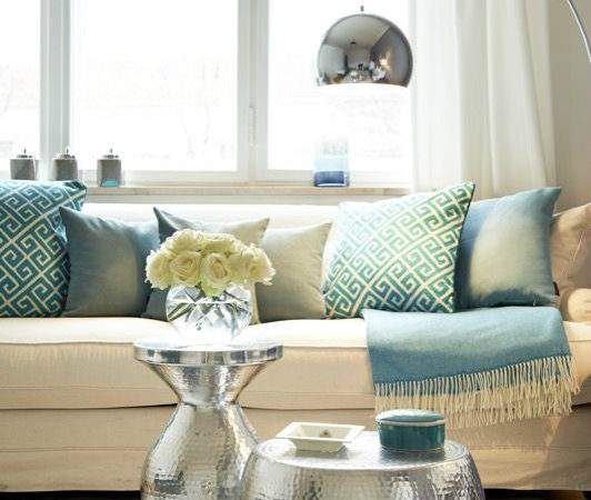 Add Feminine Touches Your Living Room Decoholic
