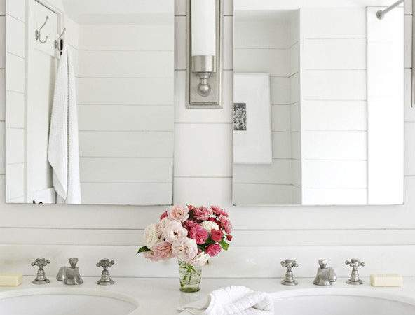 All White Bathrooms Cottage Bathroom House Beautiful
