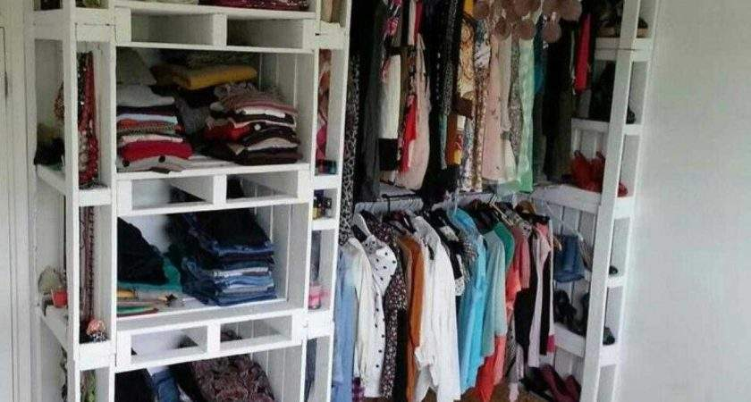 Awesome Shelves Clothes Bedroom Collection