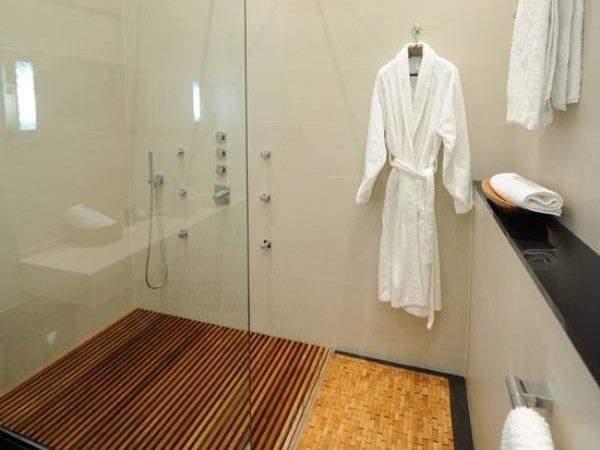 Bamboo Flooring Bathroom Mag