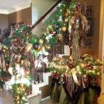 Beautiful Christmas Staircase Decorating Ideas