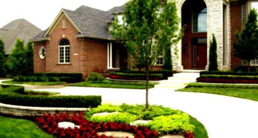 Beautiful Home Landscaping Wide Green Grass Cool