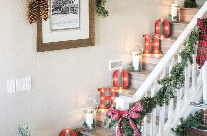 Best Christmas Stairs Decorations Ideas Pinterest