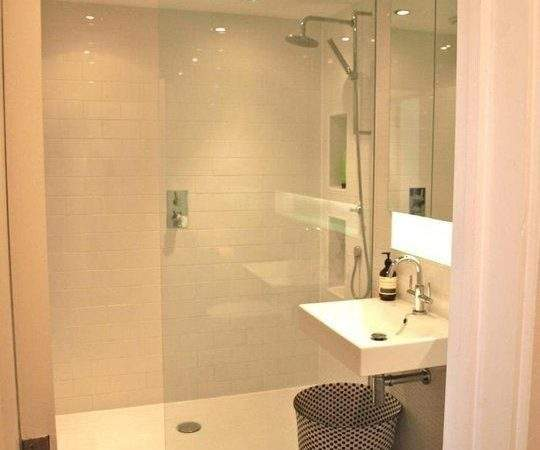 Best Open Plan Small Bathrooms Ideas Pinterest