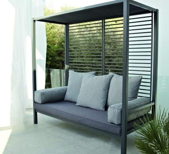 Blooma Wake Day Bed Garden Furniture