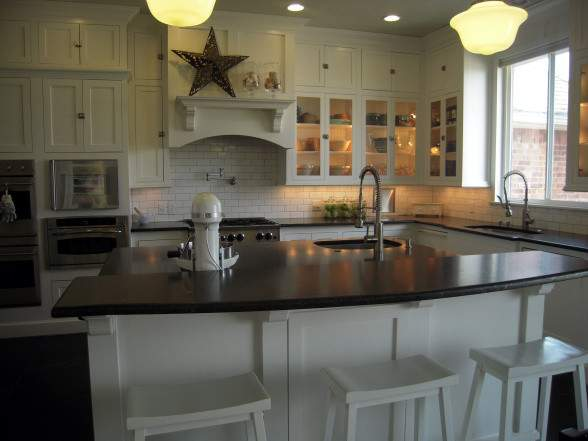 Breakfast Bar Kitchen Island Traditional Hgtv