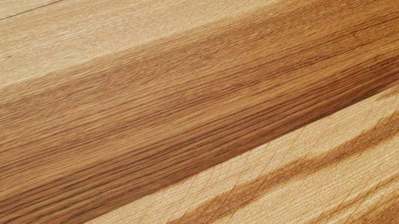 Brown European Oak Solid Wood Flooring Tiger