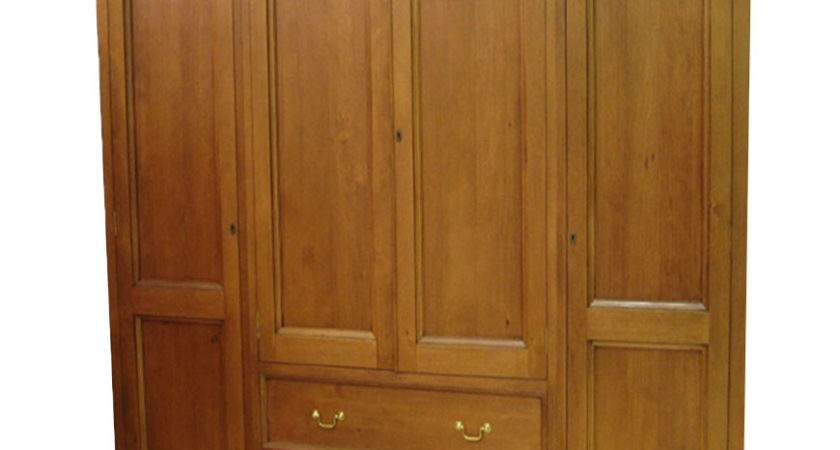 Classic Wardrobes Naturally Timber