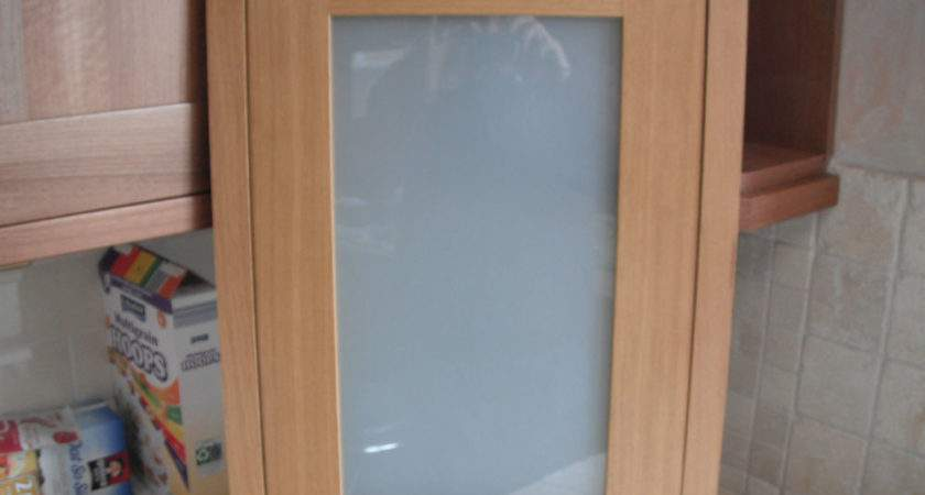 Clevedon Solid Oak Wood Framed Shaker Glass Kitchen