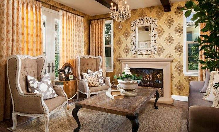 Country Antique Living Room