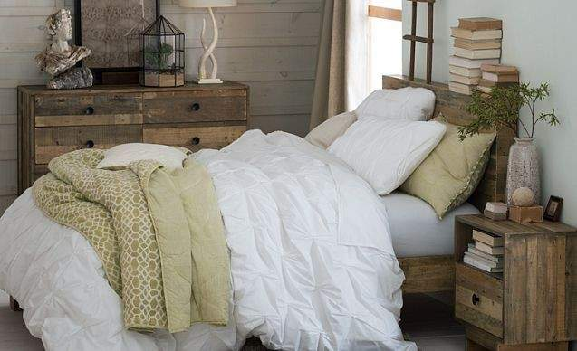 Country Chic Bedroom Real Estate