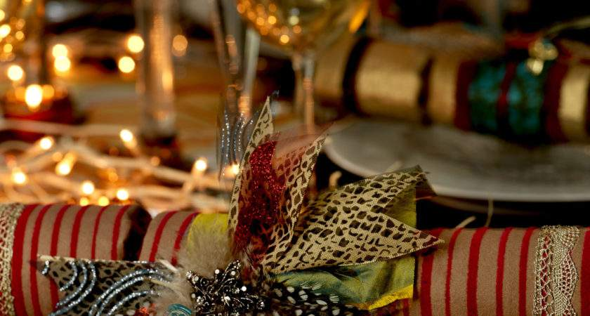 Create Your Own Opulent Christmas Crackers
