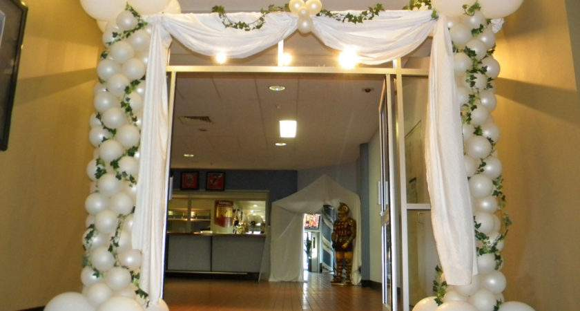 Decorate Greek Themed Party Home