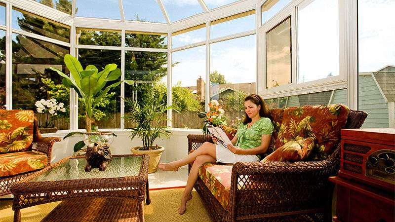 Decorate Your Conservatory Artistically Cheap