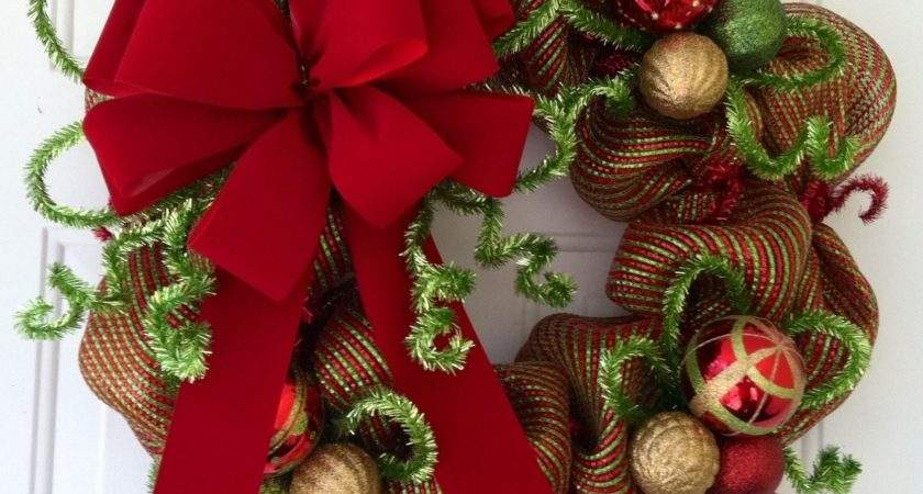 Divine Christmas Decoration Wreath