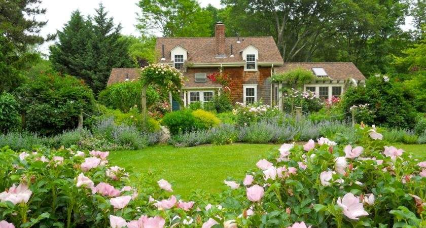 Dreamy Cottage Gardens Hgtv Decorating Design