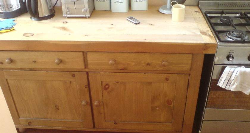 Falcon Pine Hand Made Fitted Kitchens