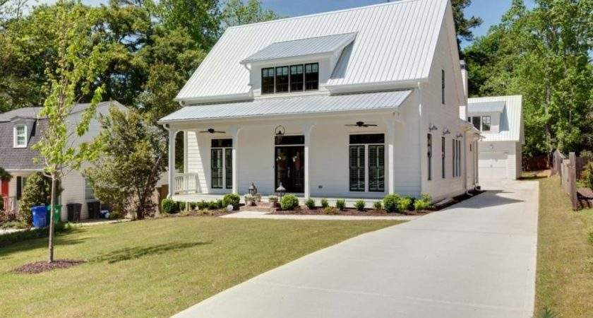 Farmhouse Style Homes
