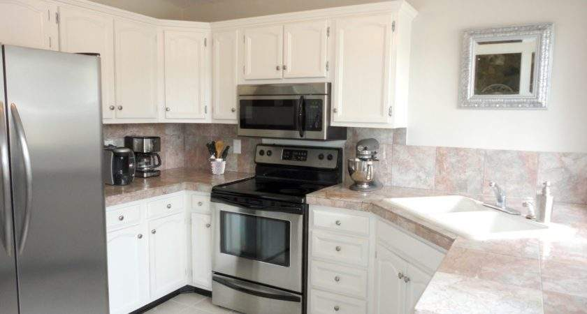 Favored White Themes Kitchen Paint Colors Cabinets