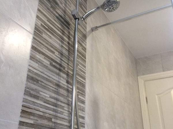 Feature Wall Tiles Bathroom Design Information