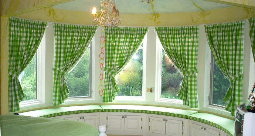 Fresh Bay Window Curtain Decorating Ideas