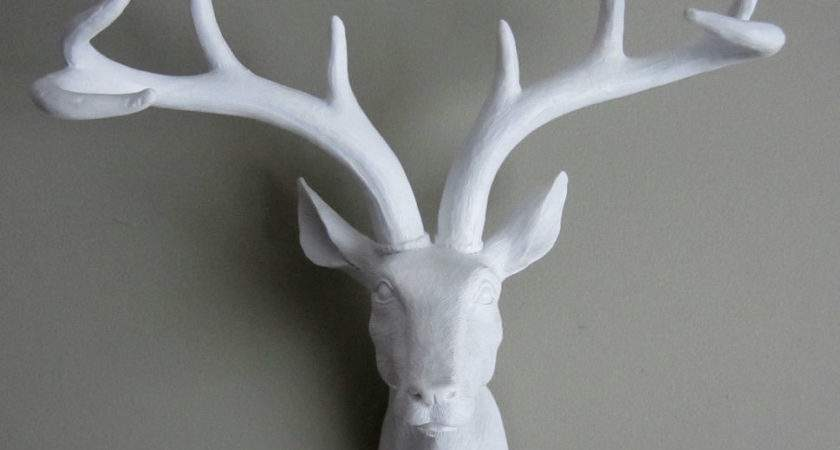 Funky Fashionable White Stag Deer Head Wall Mounted