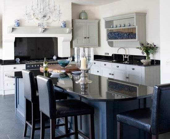 Glamorous Shaker Style Kitchen Diner Kitchens