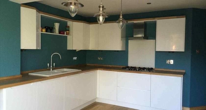 High Gloss Handleless Kitchens Deductour