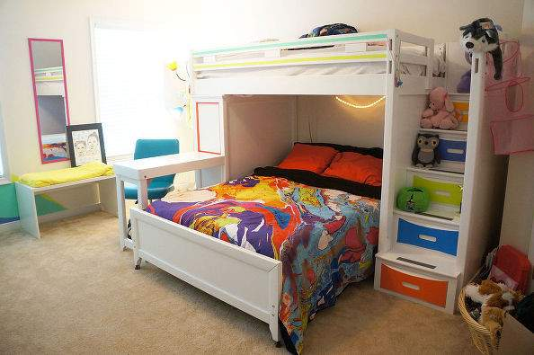 Hometalk Color Splatter Bedroom