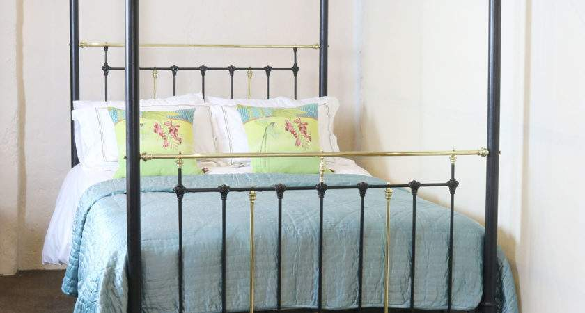 Inches Wide Four Poster Bed