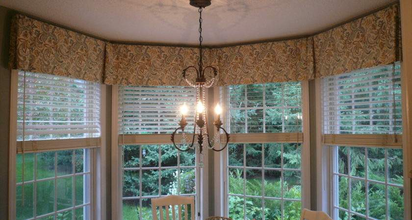 Lovely Bay Window Kitchen Curtains