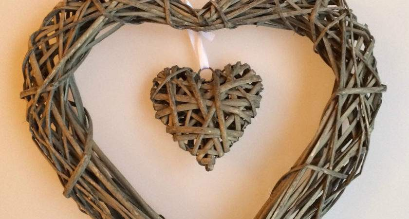 Lovely Shabby Grey Chic Willow Cms Double Heart Wicker