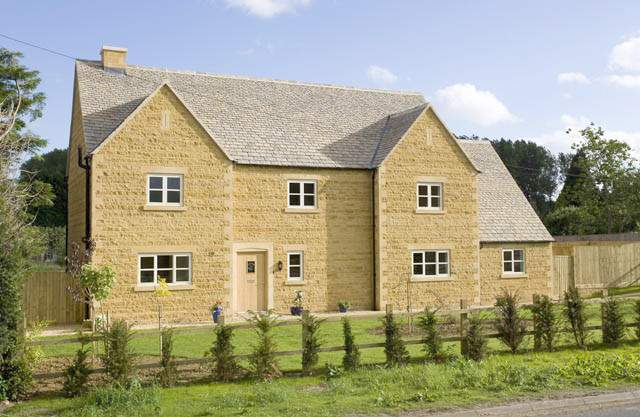 Luxury Cotswolds Holiday Home High Income Potential