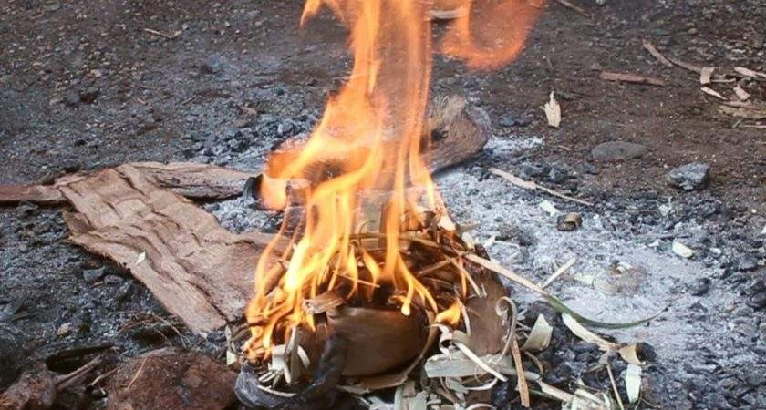 Make Fire Rubbing Two Sticks Together