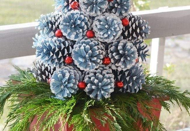 Make Pine Cone Christmas Trees Cottage