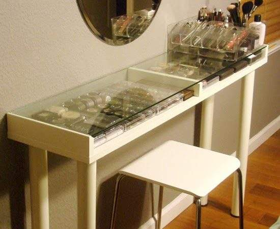 Makeup Vanity Small Spaces