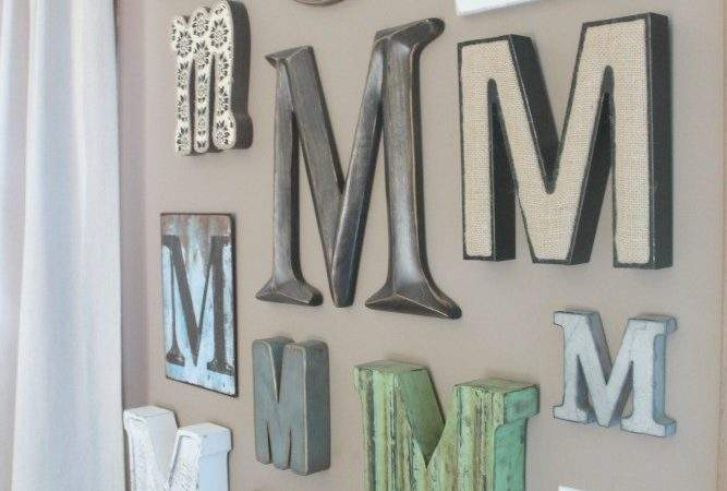 Making Mitten Monogrammed Wall