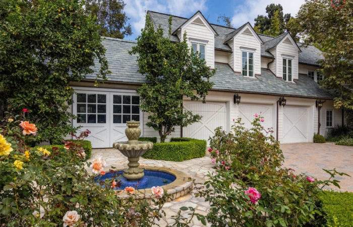 Mariah Carey Spending Month Lease Beverly