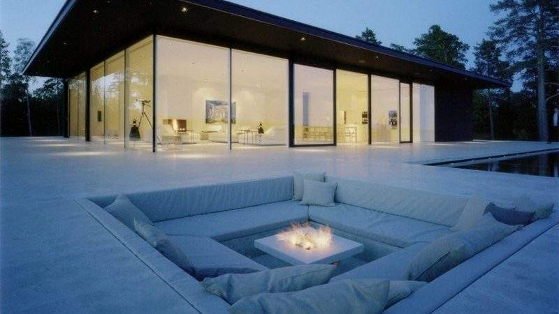Minimalist Summer House Cozy Outdoor Space Verby