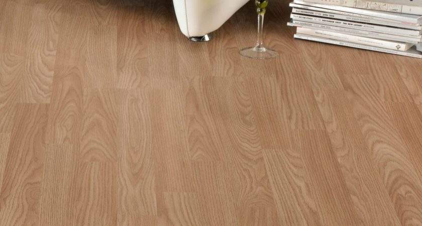 Natural Oak Effect Strip Laminate Flooring Pack