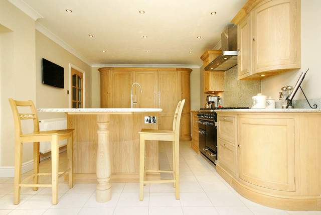Neptune Henley Kitchen Contemporary South