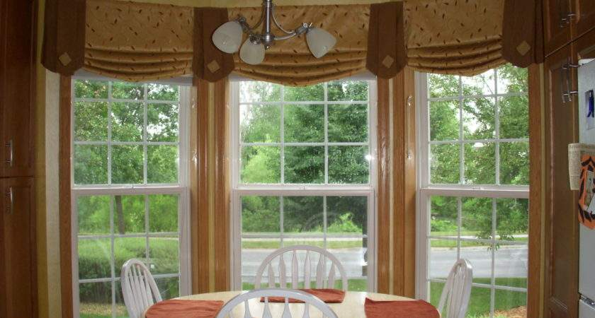 Nice Window Treatment Ideas Bay Windows White Taupe