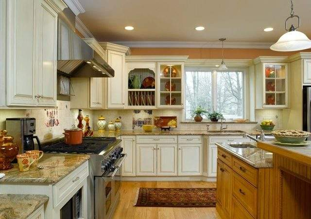 Off White Kitchen Cabinets Contrasting Island