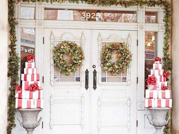 Outdoor Christmas Decoration Ideas Classic House
