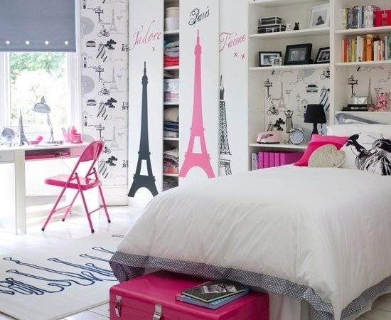 Paris Chic Rooms