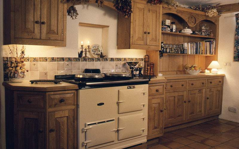 Personal Kitchens Traditional Handmade
