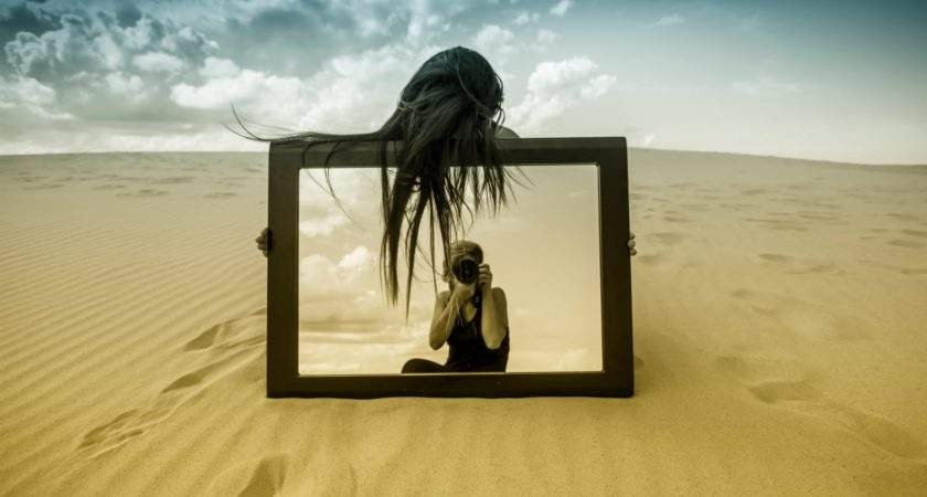 Photos Girl Mirror Reflection Sand