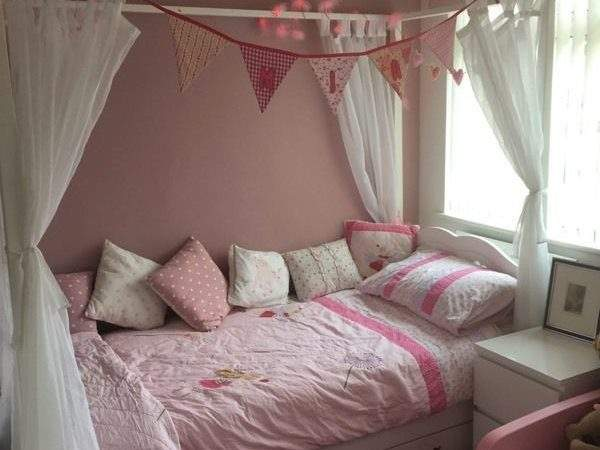 Poster Four Kids Wooden Single Bed