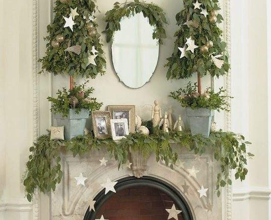 Pretty Christmas Mantel Decor Ideas Stylecaster