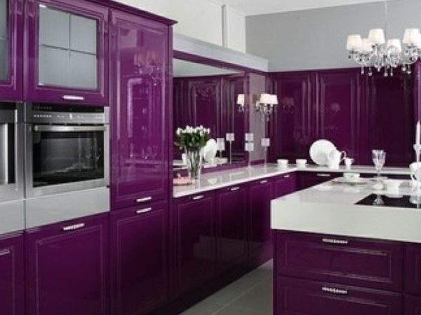 Purple Utensils Complete Luxurious Kitchen